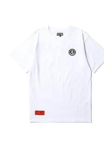 izzue white Army logo tee 61090AA89DEC8CGS_1