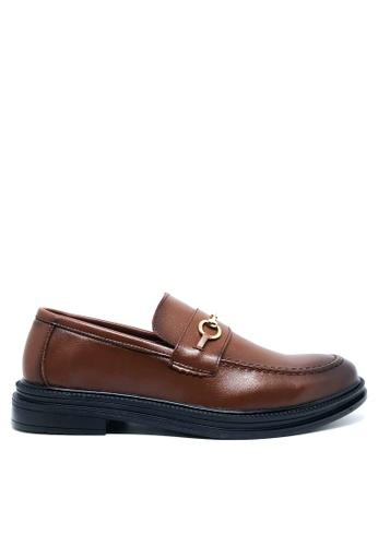 Twenty Eight Shoes 褐色 仿皮英式紳士Loafers MC136 774FESHAB23A03GS_1
