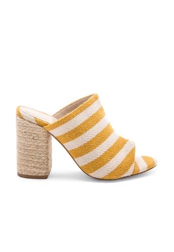 Raye yellow Finn Heel 18676SH35AB795GS_1