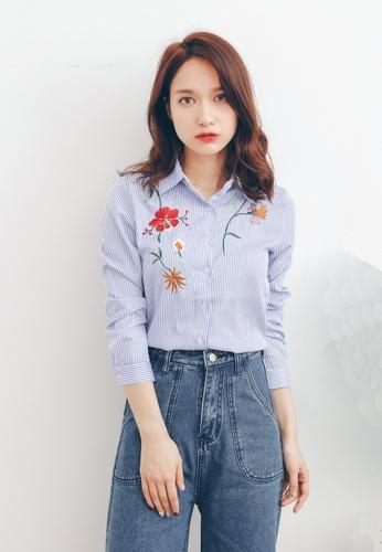 Shopsfashion blue Floral Embroidery Shirts SH656AA0FXPESG_1