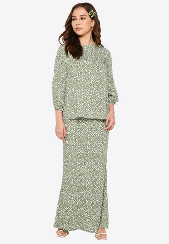 Lubna white and green Puffed Sleeves Kurung Set 4A7B2AA4922CACGS_1