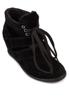 Rainne Sneakers