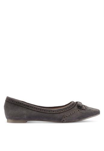 Berrybenka 灰色 雕紋蝴蝶結平底鞋 D4B3BSHB6E6AC9GS_1