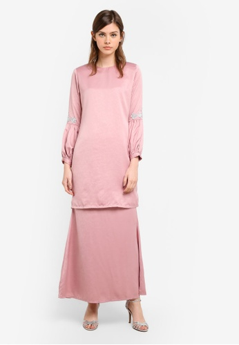 Gene Martino pink Fairy Modern Kurung With Princess Puffy Sleeves In Floral Details GE222AA0S76LMY_1