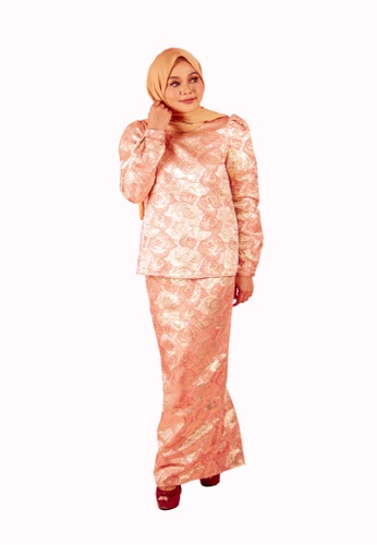 FATIMÉ pink and gold Premium Brocade Aisyah (Rose Gold) AB761AAB2DBB4EGS_1
