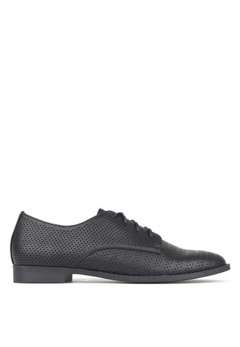 Betts black Manny Perforated Lace-Up Shoes DCA97SH27AC560GS_1