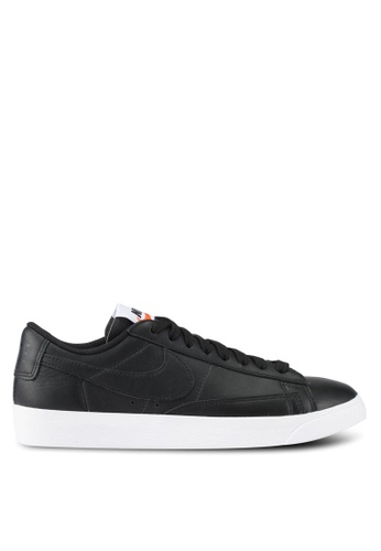 4456cdd639 Nike black and brown Nike Blazer Low LE Basketball Shoes NI126SH0SHGHMY 1