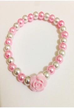 Flower With Beads Bracelet
