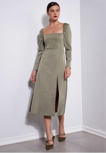 ZALORA OCCASION green Square Neck Satin Midi Dress 4A29EAA5138F6DGS_1