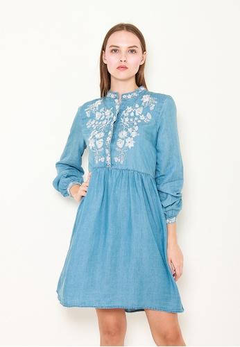Leline Style blue Cora Embroidery Denim Dress 1E72BAA1FF0C35GS_1
