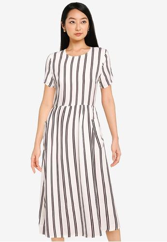 ZALORA BASICS multi Oversized Pocket Dress 3E0B5AA9CD522EGS_1