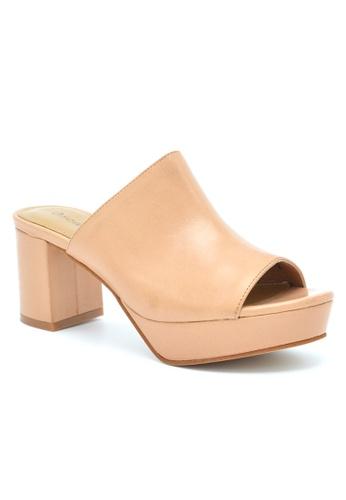 OSCAR & MAYA beige HYDRO 3cm Platform-Mid Heel Leather Sandal OS304SH23GKUHK_1