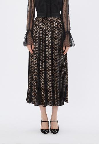 Flawless Flashbacks. black Black Foil Print Pleated Maxi Skirt F4540AAC53745FGS_1