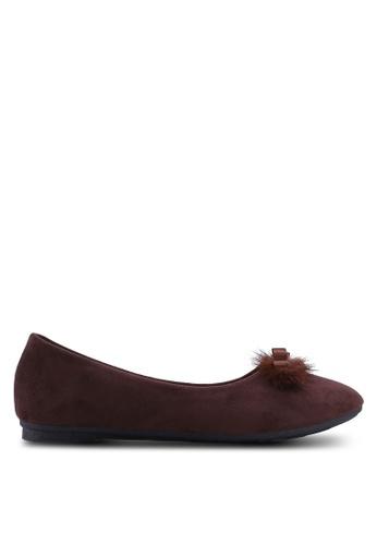 Noveni brown Round Toe Flats With Fur F0042SH942EC36GS_1