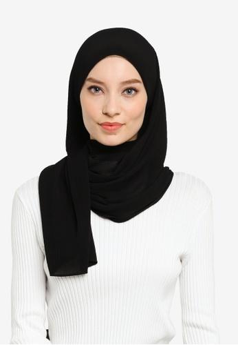 UMMA black Yara Pleated Scarf in Black 94DD2AA61CA7EBGS_1