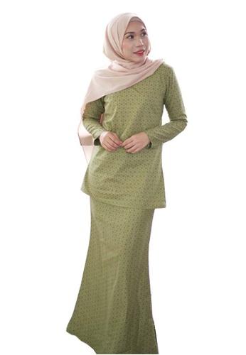 Stella Kurung Modern from Kamelia in Green