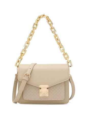Wild Channel beige Chain Top Handle Bag 3816BAC2935BD6GS_1