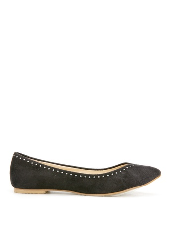 KissXXX 黑色 時尚心機美鑽效果V型淺口舒適平底休閒鞋 KI603SH09MTQTW_1