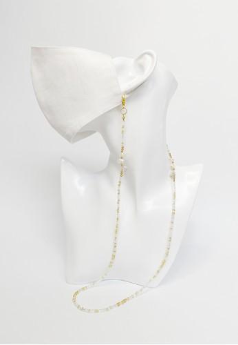 TOUGO gold Sakai Freshwater Pearl Mask Strap Lanyard (Tali Kalung Masker) in Gold 3E8FEES8CE9559GS_1