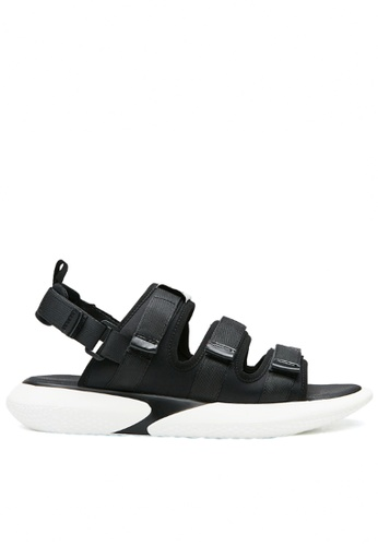 Twenty Eight Shoes 黑色 三間魔術貼涼男裝涼鞋 FA0D4SH696F962GS_1
