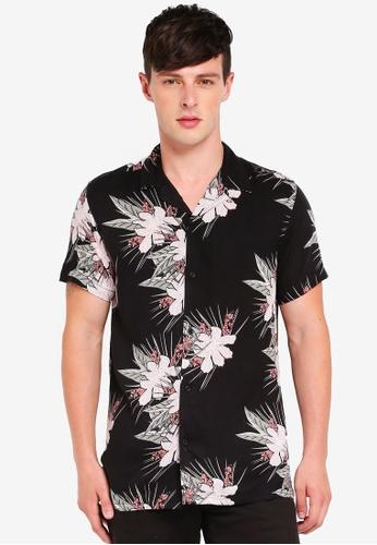 Brave Soul black Short Sleeve Viscose Shirt With Revere Collar 0CA2DAAD3DB1FFGS_1