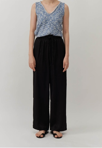 We Enjoy Simplicity black Claire Satin Long Straight Pants (Black) AFEE4AA408A2A5GS_1