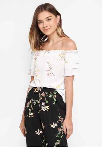 76aec4ffdb9be3 Buy Dorothy Perkins Petite Floral Bardot Top Online on ZALORA Singapore