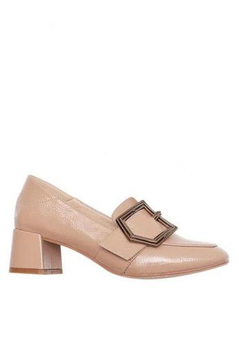 Twenty Eight Shoes 米褐色 皺漆皮高踭Loafer鞋328-1 CEA1FSH0533C76GS_1