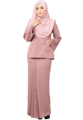 Kurung Kedah Fatimah (AEKKF02 Dusty Pink) from ANNIS EXCLUSIVE in Pink
