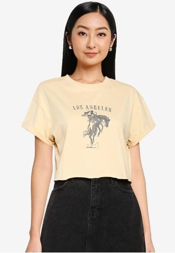 Supre white and beige Tamara Printed Crop T Shirt E2A47AA6B08163GS_1
