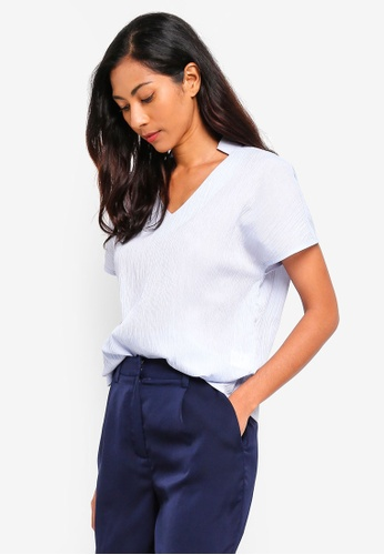 ZALORA BASICS blue Basic Deep Neck Top F46E0AA80C0A9BGS_1
