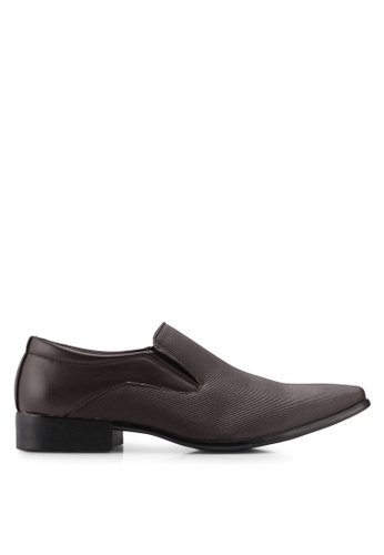 Bata brown Faux Leather Dress Shoes E73E7SHCB5E8D3GS_1
