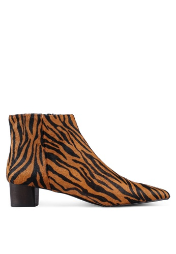 hot sale online b3c6b 42e58 Animal Print Leather Ankle Boots