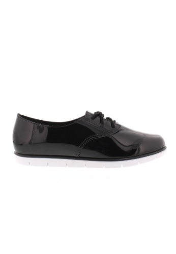 Beira Rio black Laced Semi Formal Patent Sneaker BE995SH53XECHK_1
