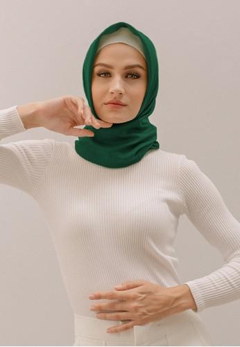 SAVRA green Savra Hijab Bamboo Basic - Emerald Green 8AED4AA6AD0F87GS_1