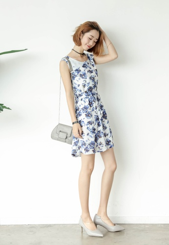 Shopsfashion white and blue Candi Floral Flare Dress SH656AA72CVZSG_1