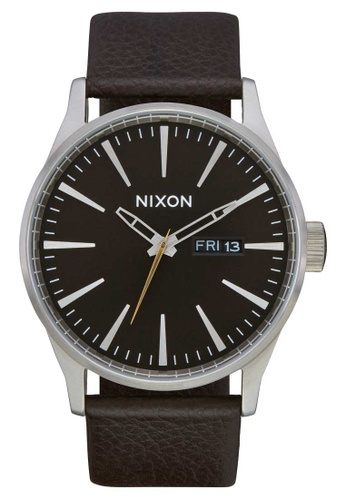 Nixon brown Nixon - Sentry Leather Watch - Dark Cedar / Dark Brown (A1052986) E6D4DAC0310B8CGS_1