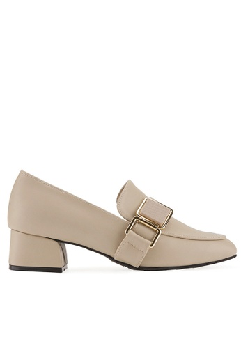 SPUR beige Texture Square Belt Heels 62F03SH1A396AFGS_1