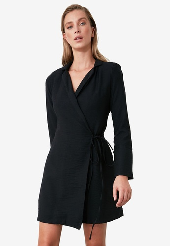 Trendyol black Tie Waist Collared Wrap Dress 0D46AAA264AB58GS_1