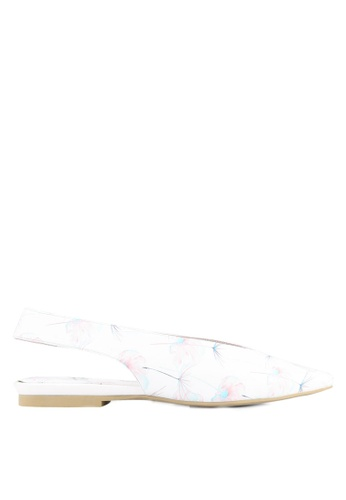 House of Avenues white and multi Printed Pointed Flats HO685SH0RRBHMY_1