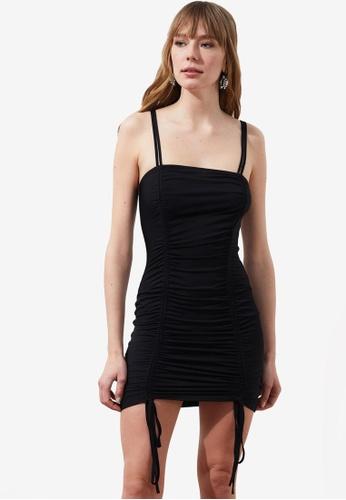 Trendyol black Ruched Sides Bodycon Dress ADBE6AA376509BGS_1