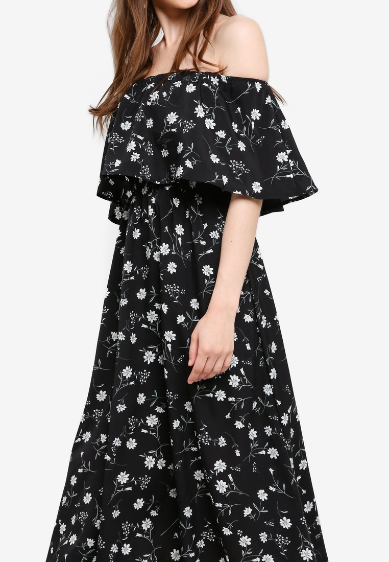 Borrowed Shoulder Midi Dress Something Off Floral Black Based dfvq7Iwx