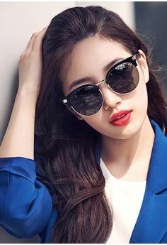 60a5bfecdb Buy Women's SUNGLASSES Online | ZALORA Singapore