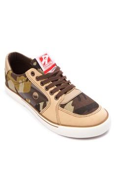 Assault Sneakers