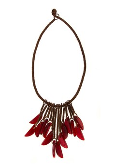 Raschel Necklace with dangling Carabao horn chips
