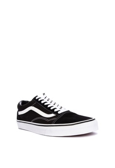 a290f4695202 10% OFF Vans Old Skool Sneakers Php 3,498.00 NOW Php 3,149.00 Available in  several sizes