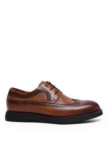 Twenty Eight Shoes 復古手工雕花真皮皮鞋 9001 CBF00SH648ADA9GS_1