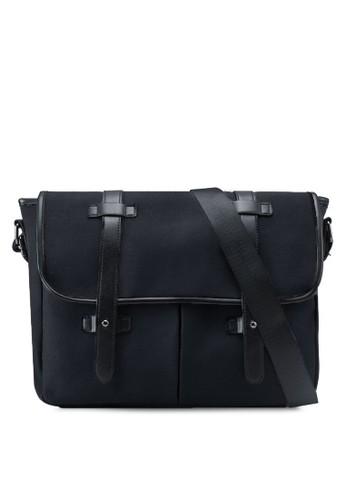 雙扣環翻蓋斜背包, 包, zalora 內衣包