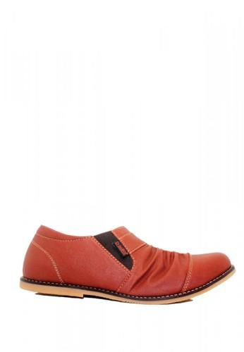 D-Island brown D-Island Shoes Slip On Wrinkle Leather Soft Brown 97DE0SH8094CC8GS_1