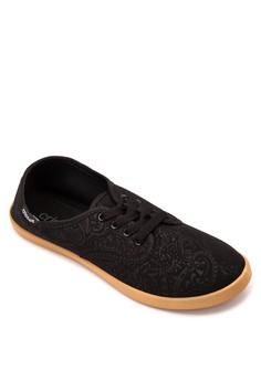 Arden Sneakers